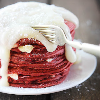 Red Velvet Cheesecake Pancakes