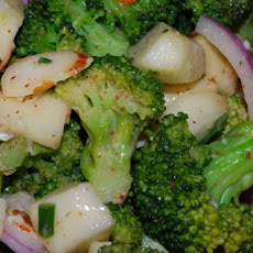 Broccoli Crunch With Creamy Almond Dressing