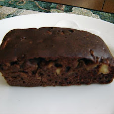 Easy One-Bowl Apple Snack Brownie Cake