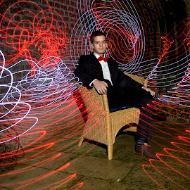 Red Accentu by Eddy Maerten - Abstract Light Painting ( red, led, lines )