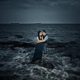 LOVE by Tim Chong - Wedding Bride & Groom
