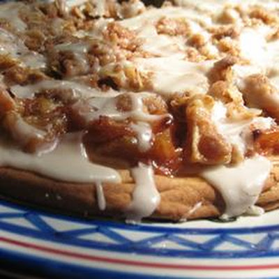 Apple Coffee Cake Pizza