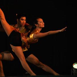 Hold on by Myman Cañete - Sports & Fitness Fitness