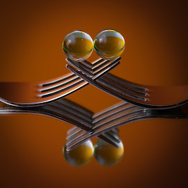 soft kiss by José Pereira - Artistic Objects Cups, Plates & Utensils ( mirror, reflection, forks, close up, close )