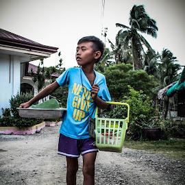 Never Give Up by Jac Wong - Babies & Children Children Candids