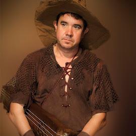 El músico by Antonio Cantabrana - People Musicians & Entertainers ( musico, robado, rioja, medieval, briones )