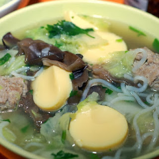 Pork Ball And Noodle Soup