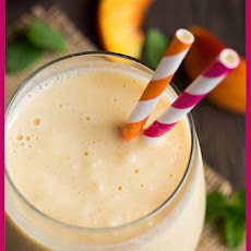 Peach & Oat Breakfast Smoothie