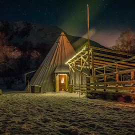 lavvo by Bjørnar Røtting - Buildings & Architecture Other Exteriors ( stars, gathering, places of interest, tipi )