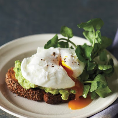 Sesame Toasts with Poached Eggs and Avocado