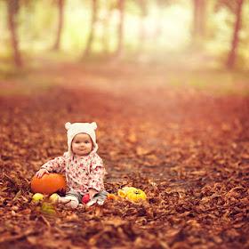 Lisa-Ivy-Danni-&-Amelie-October-2014-(78).jpg