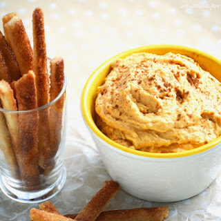 "Pumpkin Dip with Pie ""Fries"""