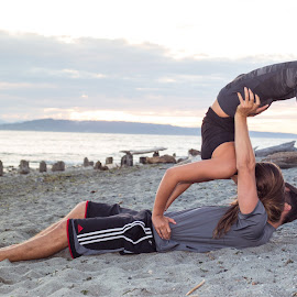 Yoga Kiss by Kate Gansneder - People Couples ( kiss, acroyoga, seattle, engaged, couple, beach, yoga, engagement )