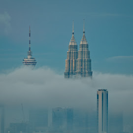 Petronas Towers by Alex Shanti - City,  Street & Park  Skylines ( clouds, klcc, petronas, malaysia, twins, , Urban, City, Lifestyle )
