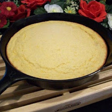 Moist Cornbread With Cheese