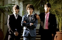 Copy of jonas-brothers[1]