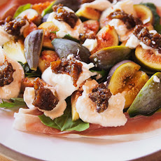 Fig, Prosciutto and Burrata Salad With Creamy Balsamic Vinaigrette