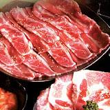 野宴極燒肉專門店(夢時代旗艦店)