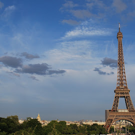 Eiffel tower by T K - Buildings & Architecture Statues & Monuments ( eiffel tower, paris, france, postcard )