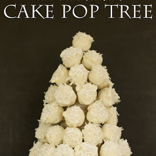 Twinkie Cake Pop Tree #HostessHoliday