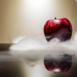 Snow-White's apple. by Thomas D. Src - Food & Drink Fruits & Vegetables ( reflection, apple, fruits, artistic, smoke,  )