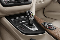 New BMW 3 Series: Centre console Modern Line (10/2011)