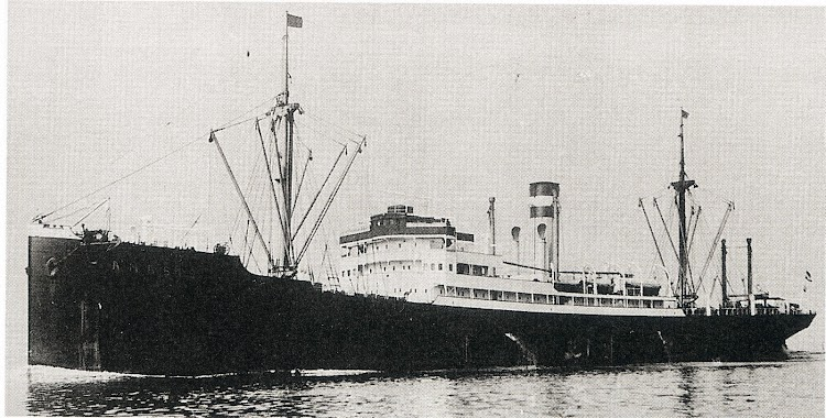 SS AMASIS. Foto del libro Merchant Fleets of the World. 1939.JPG