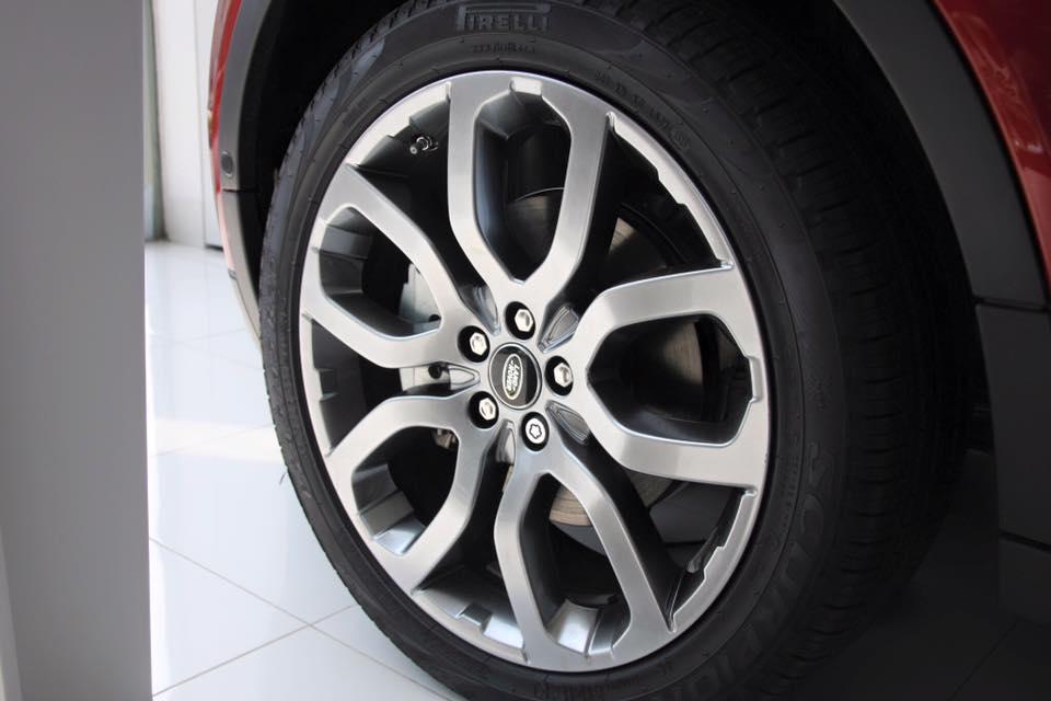 Xe Range Rover Evoque HSE DYNAMIC Màu Đỏ 04
