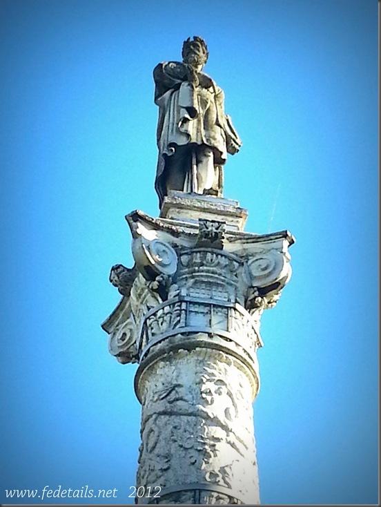 Piazza Ariostea ( dettaglio stauta ), Ferrara,Emilia Romagna, Italia - Piazza Ariostea ( detail statue ),Ferrara, Emilia Romagna, Italy - Property and all Copyrights of www.fedetails.net