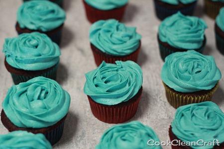 Cupcake Roses (2)