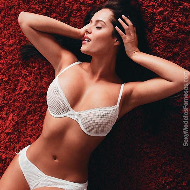Ana Lucia Dominguez Desnuda SoHo Foto 37