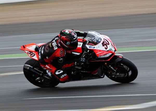 motociclismo_guintoli_race.jpg