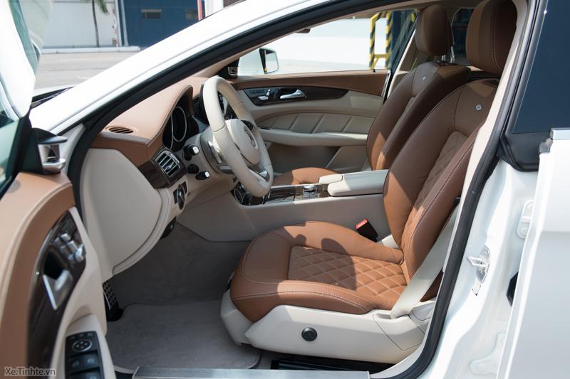 Xe Mercedes Benz CLS500 New Model màu trắng 015
