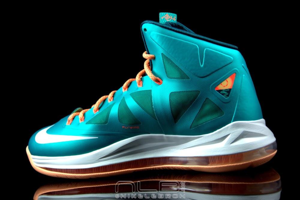 the best attitude 7c655 0eedf The Showcase Nike LeBron X 8220Setting8221 Miami Dolphins ...