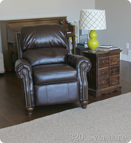 leather recliner with lamp