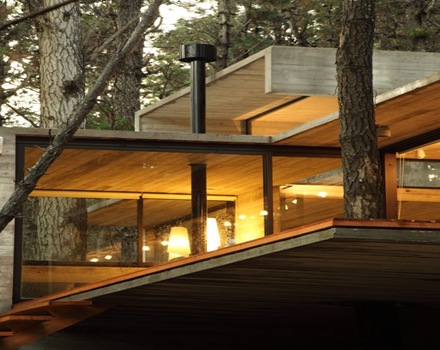 Moderna casa jd de hormig n visto bak arquitectos for Casa moderna hormigon