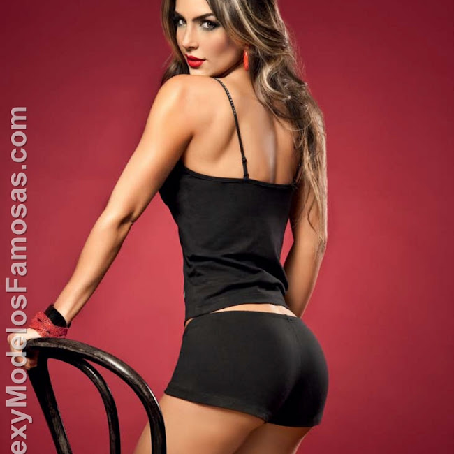 Natalia Velez Sexy Lenceria Besame Foto 82