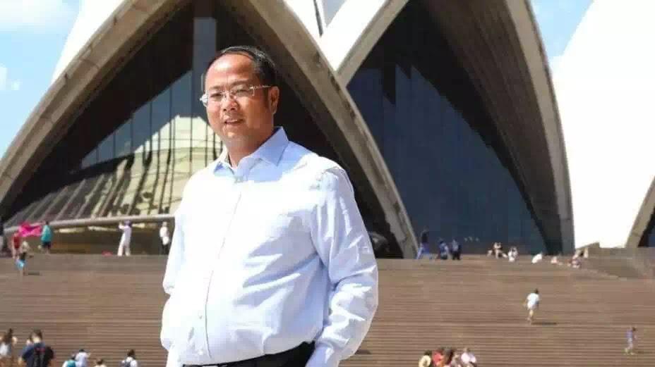 Tỷ phú người Hoa bị tước quyền cư trú và cấm quay lại Úc vì có liên hệ với đảng Cộng sản Trung Quốc