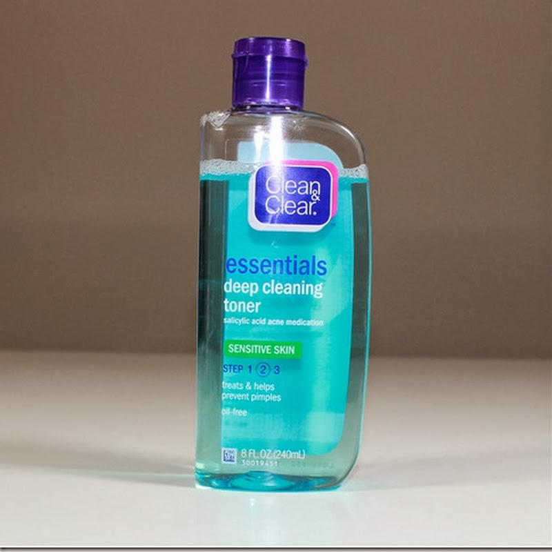 Clean & Clear Essentials Deep Cleaning Toner