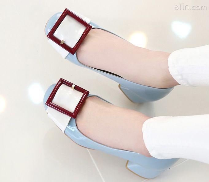 Những đôi giày đế thấp thiết kế đẹp, xinh xắn, ngắm hoài
