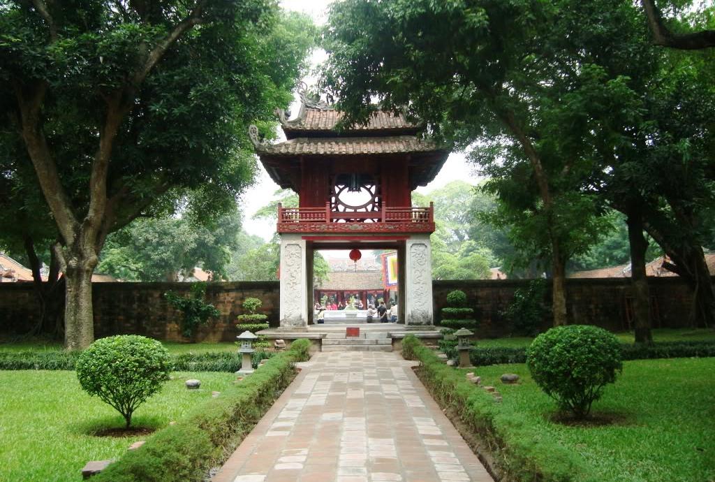 Temple of Literature (Văn Miếu Quốc Tử Giám)