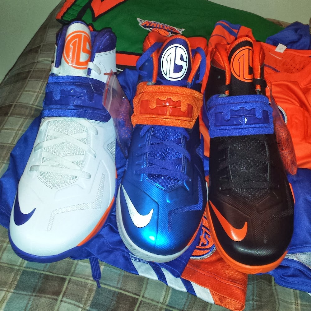 super popular 59a3a 333dc ... Amare Stoudemire Wears 1 of his 3 Soldier VII New York Knicks PEs