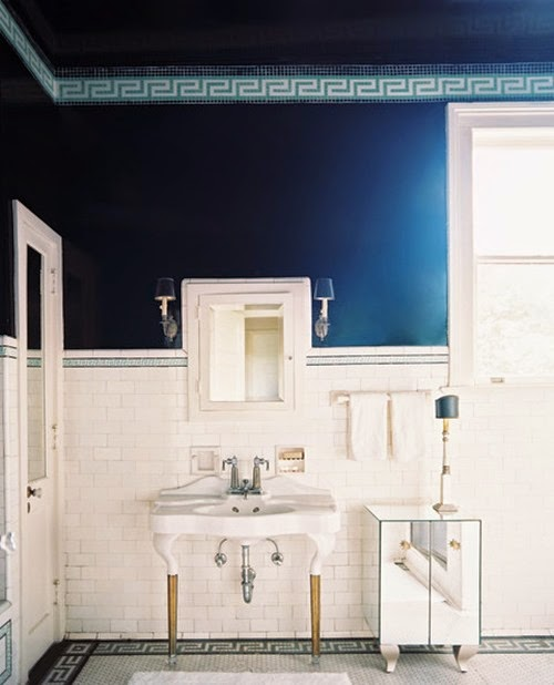 Bathroom Greek key tile borders bathroom white HF0Bk0x4b28l