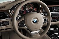 New BMW 3 Series: Cockpit Luxury Line (10/2011)