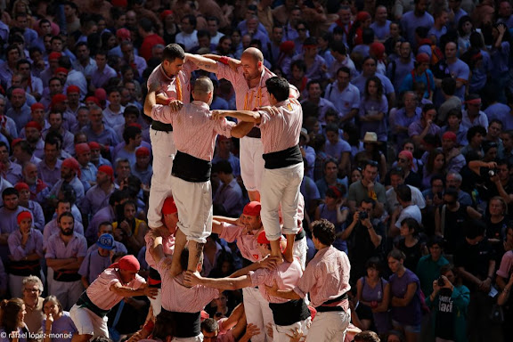 Quatre de nou amb folre. Colla Xiquets de Tarragona.XXIVè Concurs de Castells de Tarragona. Tarraco Arena Plaça. Tarragona, Tarragonès, Tarragona