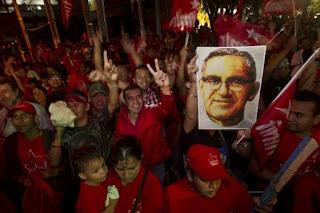 """Đức cha Oscar Romero: """"Tôi sẽ sống lại trong người dân El Salvador!"""""""