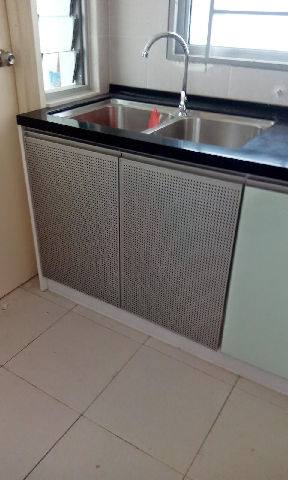 Terdapat Jugak Pintu Aluminium Untuk Bawah Sinki So Bau Hapak Dalam Kabinet Dapur Sudah Tiada Lagi