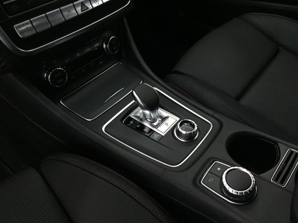xe Mercedes Benz A45 AMG 2017 015