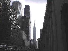 114 - El Empire State Building desde la octava avenida.jpg