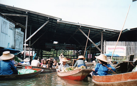 Obiective turistice Thailanda: Damnoen Saduak